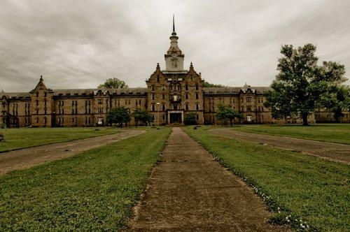 6. Trans-Allegheny Lunatic Asylum